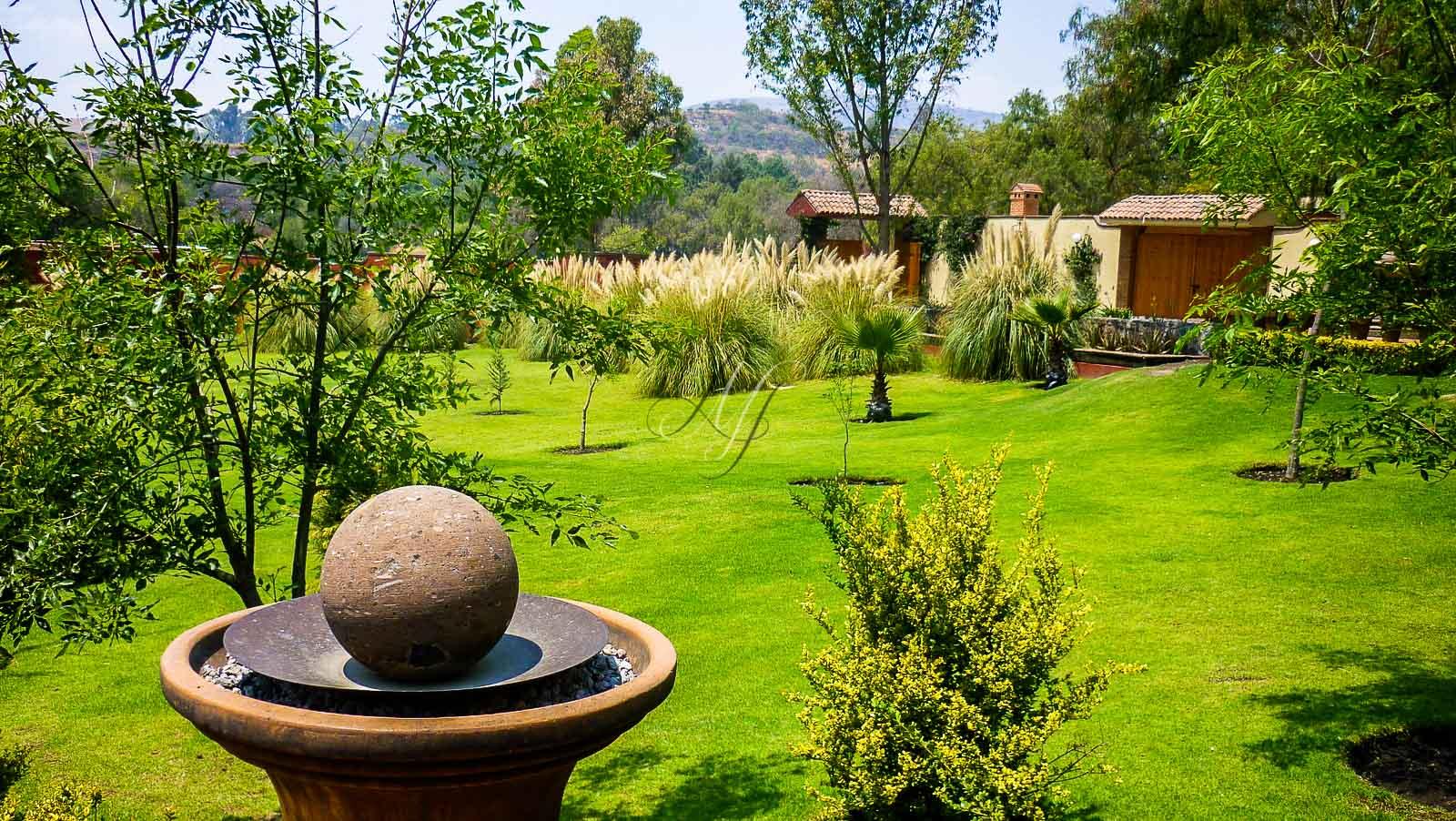 Hacienda la concepci n banquetes hada martens for Atuendo para boda en jardin