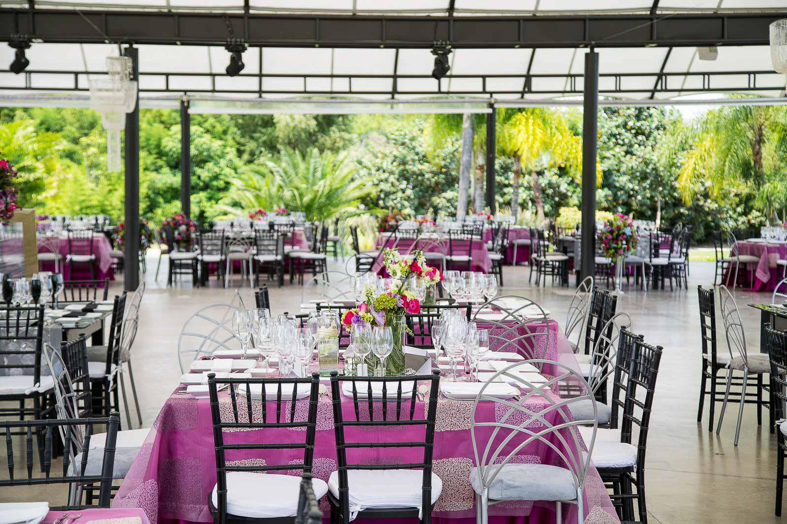 Ixaya banquetes hada martens for Jardines bodas df